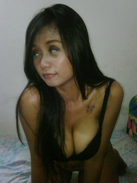 Foto Hot Bugil Tante || Tante Girang dan Cewek Bispak Telanjang Bugil Pamer Memek Gede dan Toge Gede IMG00922 20110731 1632