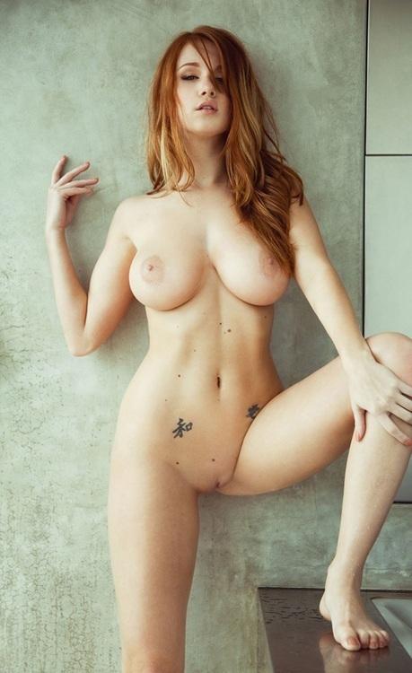 фото девушек голышок совсем большая грудь